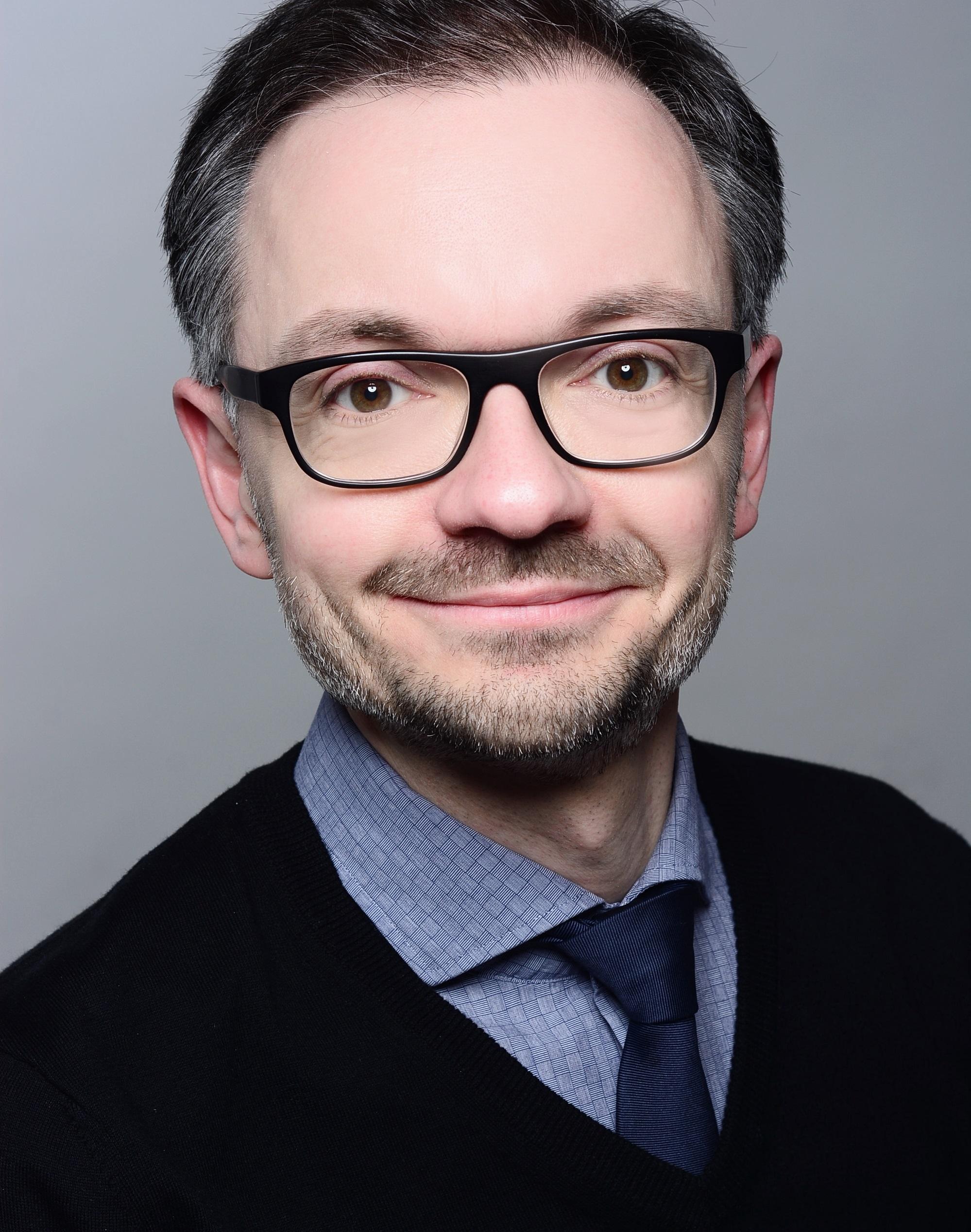 Dr. Steffen Gratz